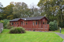 £90,000 - 3 Bedroom Holiday Lodge For Sale in Whitstone area – click for details